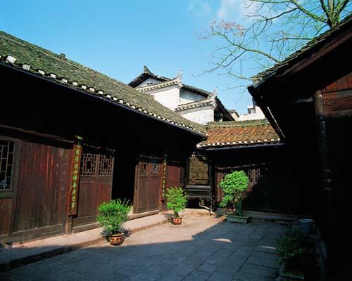 �P凰古城老建筑